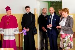 Wizytacja Arcybiskupa2016_szkoła1