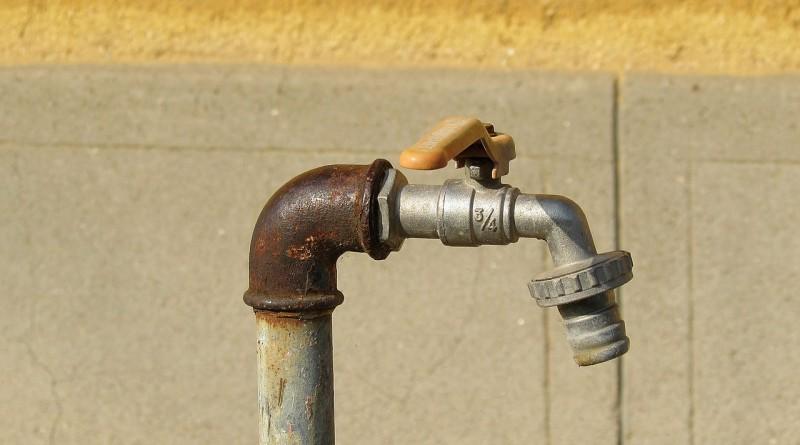 faucet-510863_1280