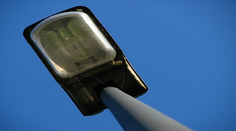 street-lamp-395868_1280