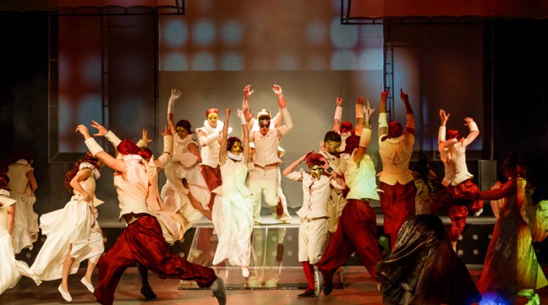 Romeo i Julia_Teatr_Dramatyczny_fot_Bartek_Warzecha_©_1 (13)
