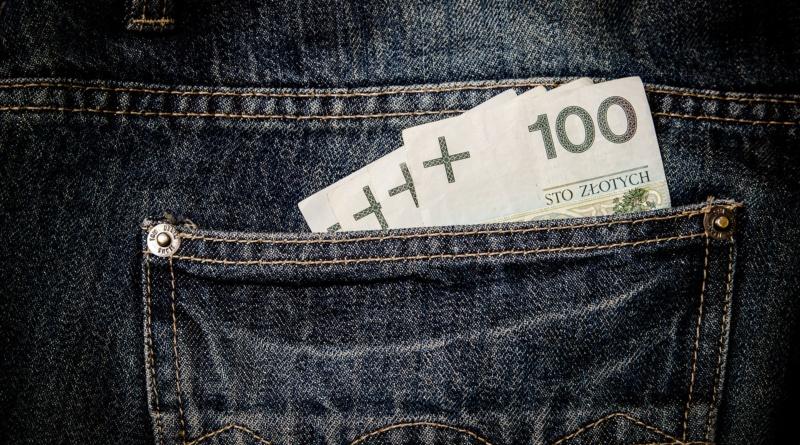 money-256282_1920